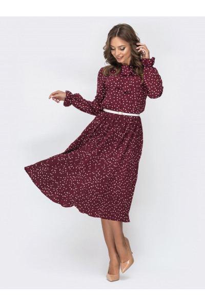 Модне бордове плаття в горошок