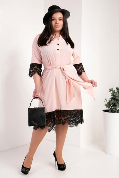Модне пудрове плаття-сорочка великого розміру