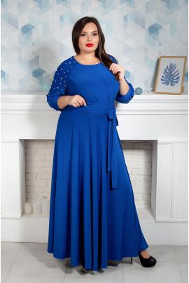 Яскраво-синє плаття в підлогу з бусинами на рукавах