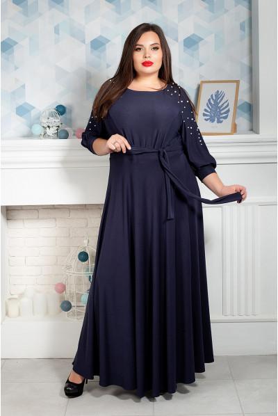 Темно-синє плаття в підлогу з бусинами на рукавах