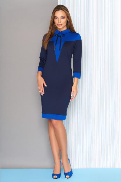 Темно-синє плаття-футляр для повних жінок