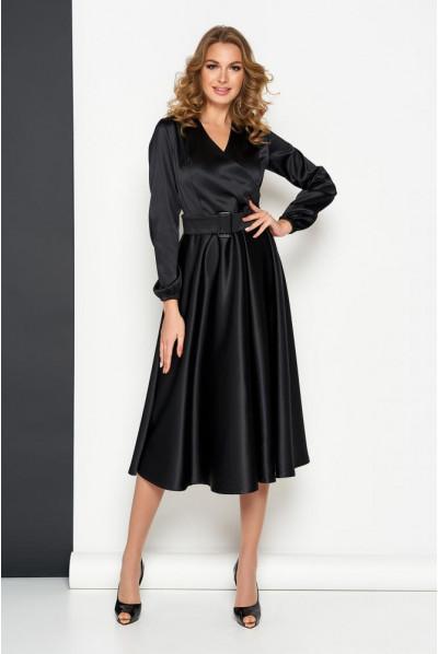 Чорна вечірня сукня для повних жінок
