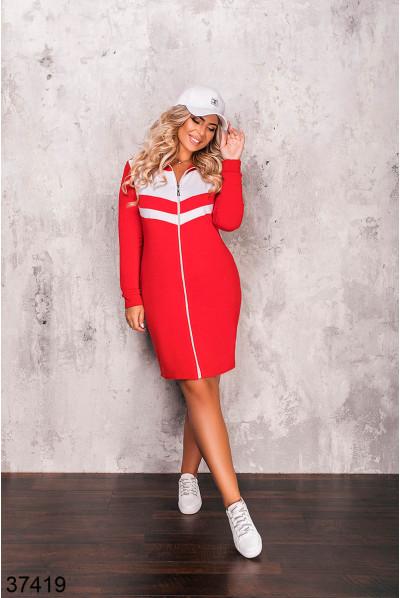 Червоне практичне плаття для повних жінок