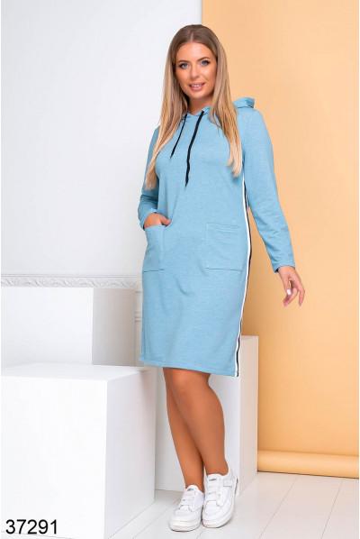 Блакитне зручне практичне плаття великих розмірів