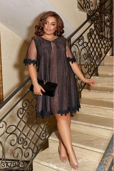 Коричневе розкішне вечірнє плаття з мереживом