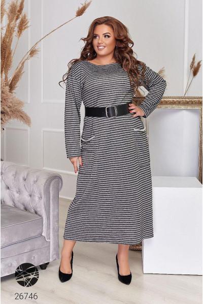 Сіре універсальне плаття в смужку для жінок з апетитними формами