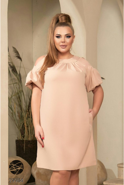 Бежеве дивовижне плаття з кишенями для повних жінок