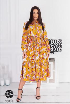 Гірчичне лаконічне жіноче плаття міді великих розмірів