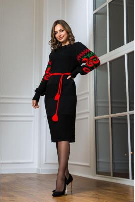 В'язане чорне плаття з червоною вишивкою в національному стилі