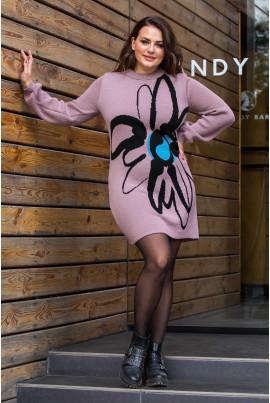 В'язане плаття фрезового кольору з яскравою квіткою