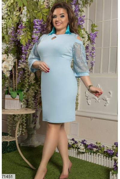 Блакитне жіночне плаття для повних жінок