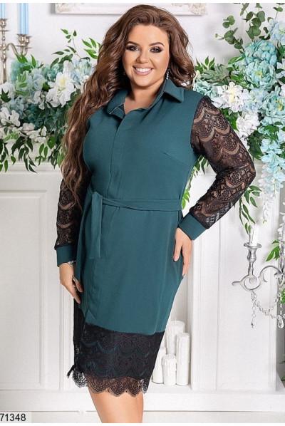 Лаконічне плаття кольору пляшка з поясом для повних жінок