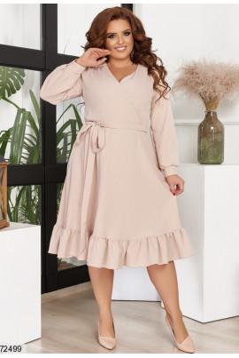 Бежеве привабливе ніжне плаття
