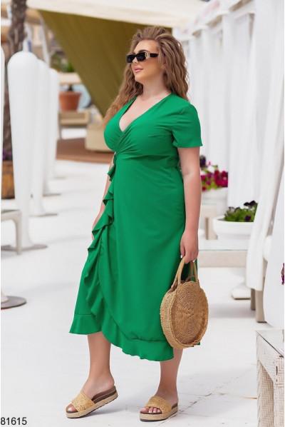 Гармонійне однотонне плаття кольору трава