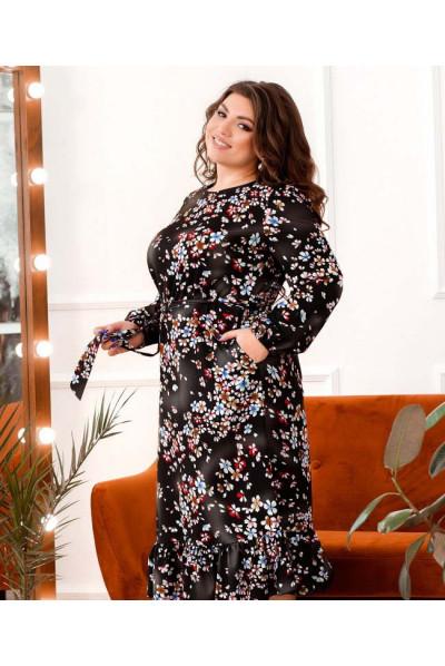 Чорне трендове плаття з поясом