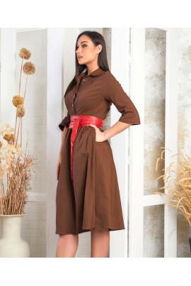 Коричневе оригінальне плаття міді з яскравим поясом