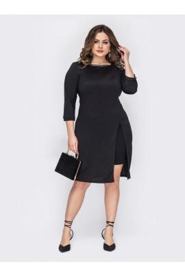 Чорне ошатне плаття з високим розрізом