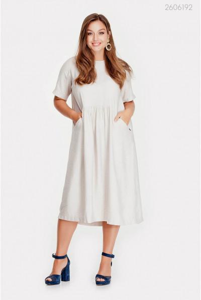 Цікава біла сукня розміру pluse size