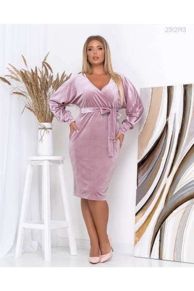 Фрезове вишукане плаття для жінок з апетитними формами