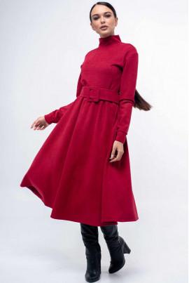 Малинове яскраве замшеве плаття