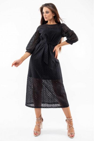 Чорне привабливе плаття міді