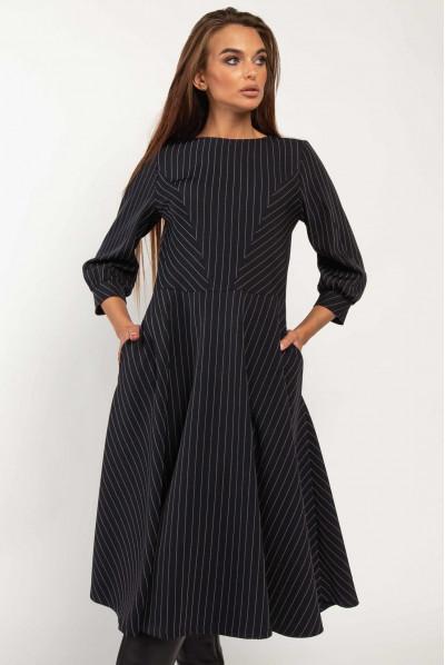 Темно-синє офісне плаття для повних жінок