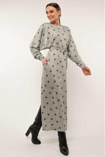 Сіре трикотажне плаття міді з принтом для повних жінок