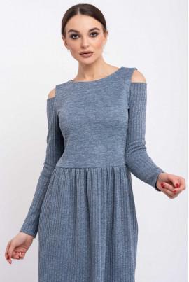 Блакитна лаконічна сукня міді великих розмірів