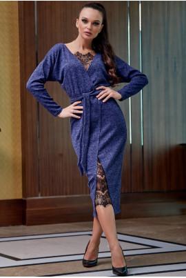 Синє витончене плаття з мереживом