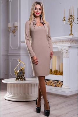 Бежеве стильне вечірнє плаття
