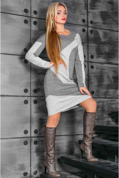 Сіре привабливе трикотажне плаття