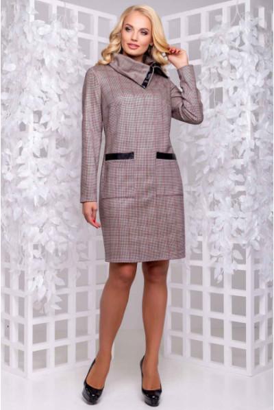Тепле замшеве плаття з оригінальним коміром