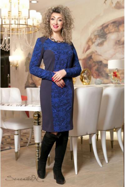 Темно-синє трикотажне плаття з принтованною вставкою електрик