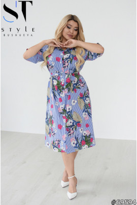 Практична актуальна сукня-сорочка кольору електрик