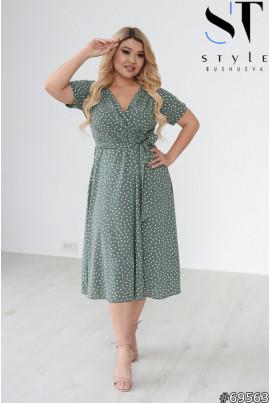 Ментолова гармонійна сукня міді для жінок з апетитними формами