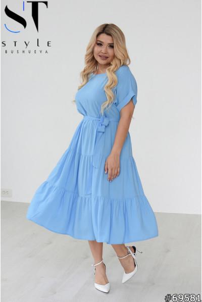 Блакитне ніжне плаття міді для жінок з апетитними формами