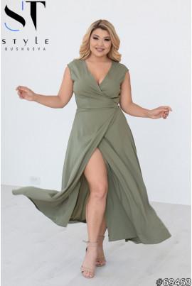 Оливкова інтригуюча сукня максі з високим розрізом