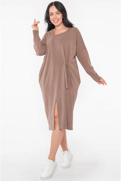 Жіночна простора сукня міді кольору капучіно